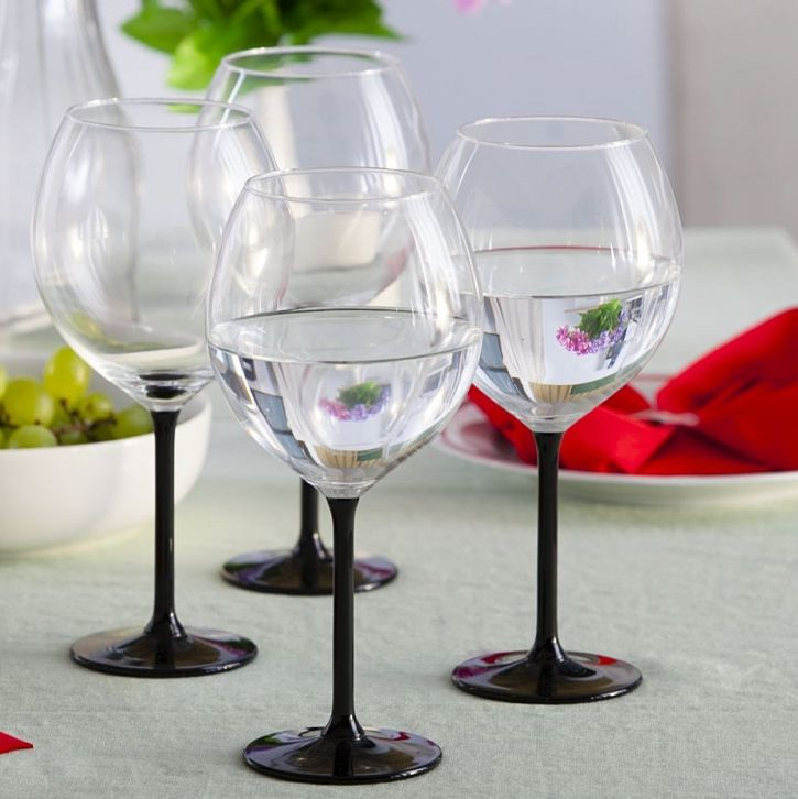 6 Black Stem Wine Glasses 700ml | Solavia Fine Glassware